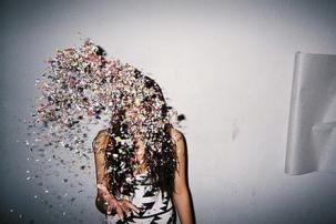 throw-glitter
